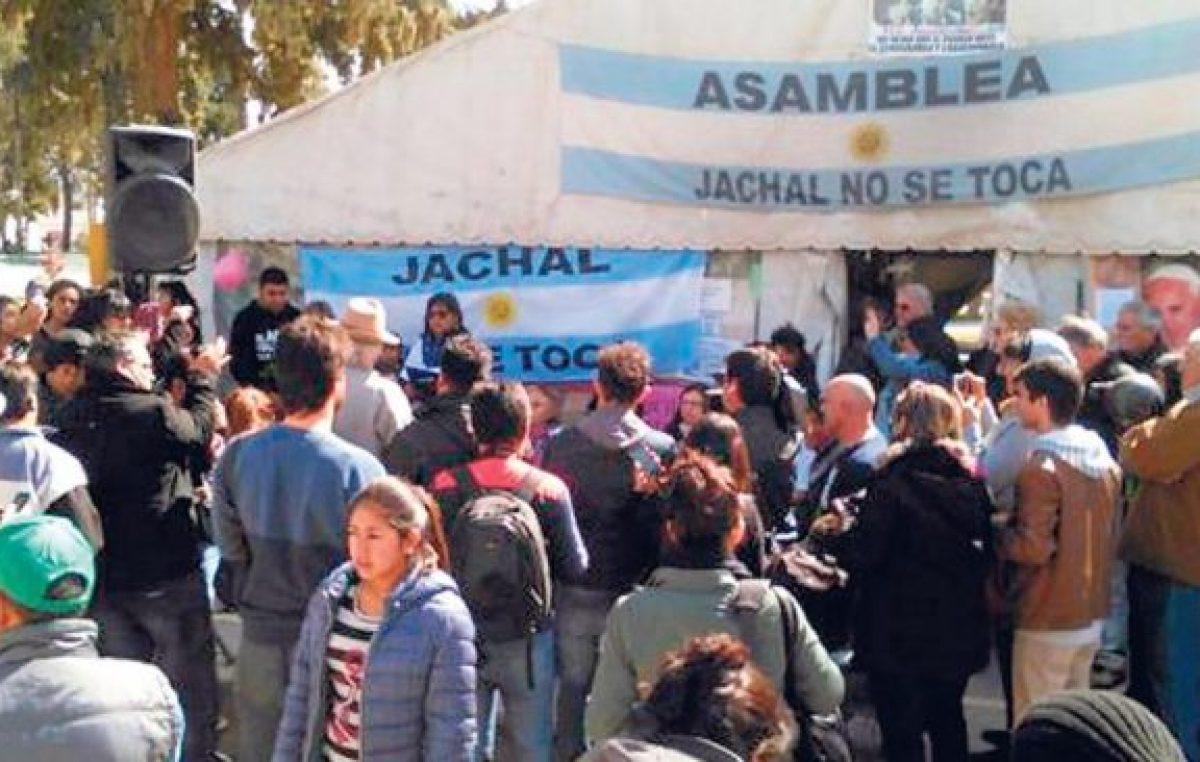 Jáchal: Un derrame de silencio