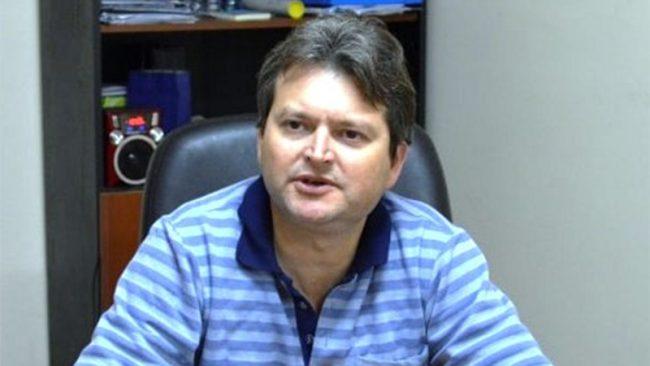 Intendente de Cerro Azul y sus funcionarios se rebajan 25% sus sueldos