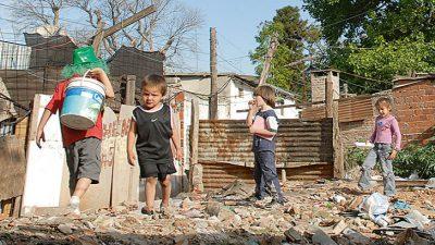 Según la UCA, la pobreza infantil se incrementó el año pasado