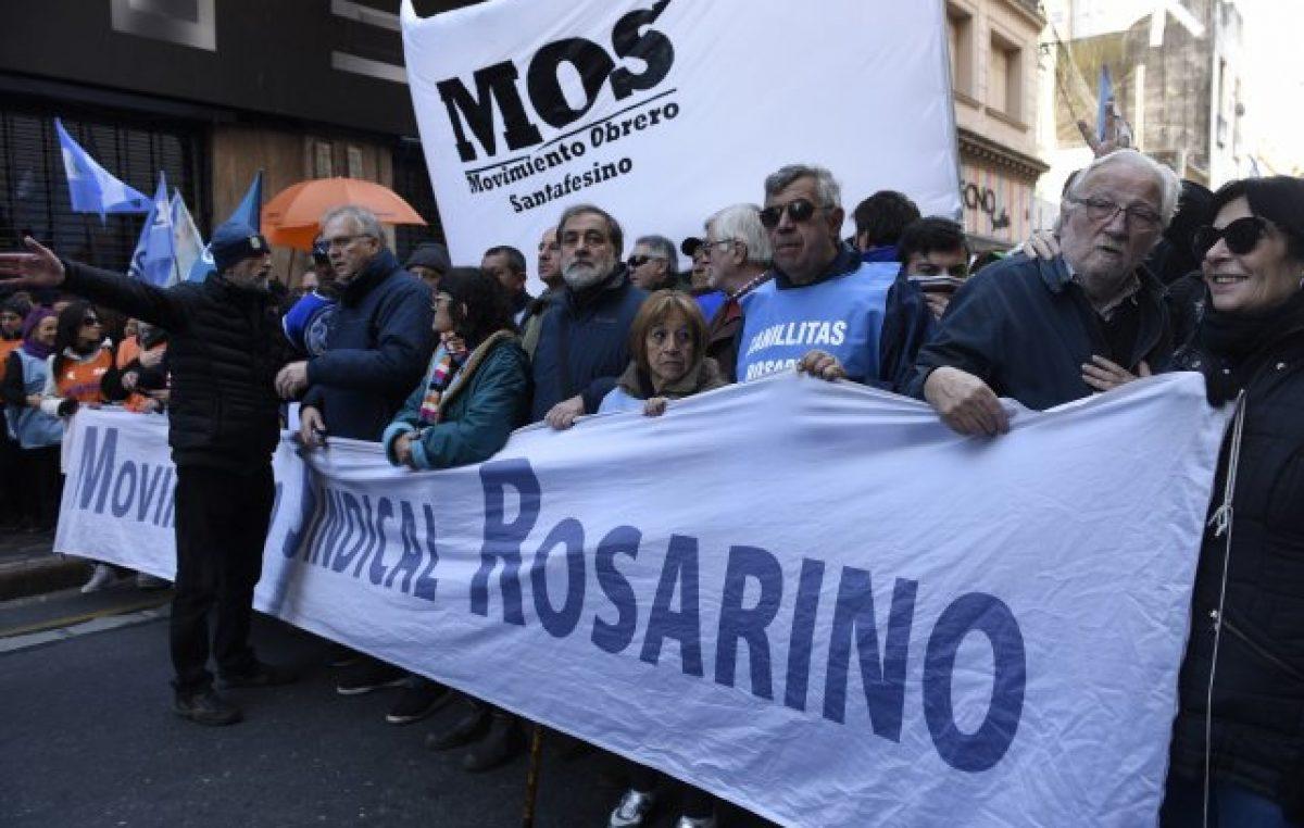 Los gremios locales destacaron el «acatamiento total» que tuvo el paro en Rosario