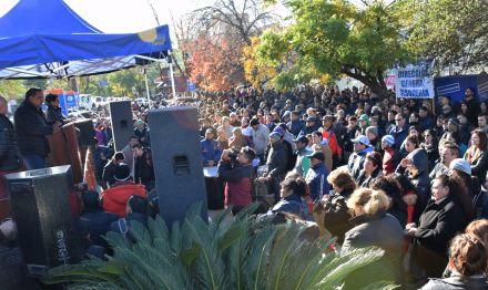 Trabajadores municipales de Resistencia se suman al paro nacional de las dos CTA y Camioneros