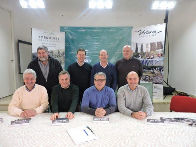 Ocho municipios bonaerenses formaron una mesa de energías renovables para crear 25 parques eólicos