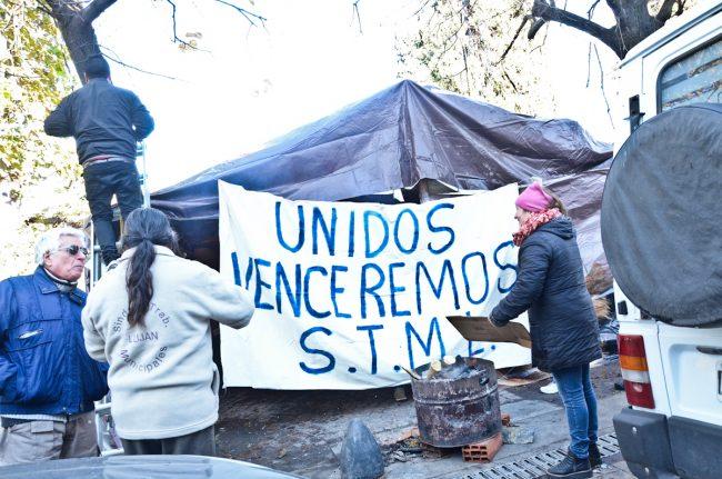 """Sin sesión, con """"Cabildo Abierto"""" en la carpa municipal de Luján"""