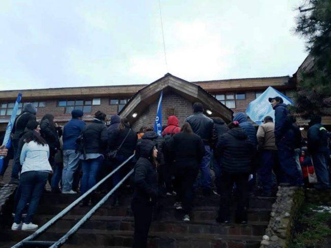 Rio Turbio: Municipales definieron paro por 72 horas