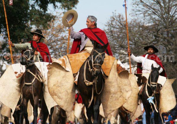 El desfile de los gauchos de Güemes, 17 de junio