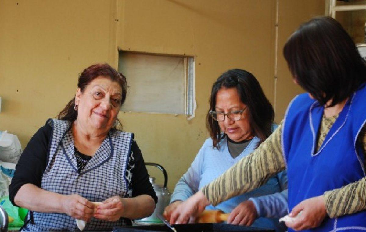 La cocina de Fasinpat en Neuquén, donde los hornos jamás se apagan