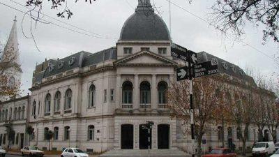 Municipales de Olivarría en alerta, movilización y asamblea permanente