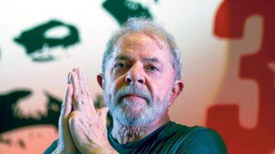 Lula continúa su campaña desde la cárcel