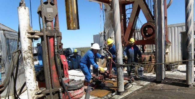 Nuevos 83 despidos en petroleras en Catriel