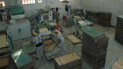 Santa Fe: El ejemplo de 32 trabajadores que lograron unir sus esfuerzos para seguir amasando sueños