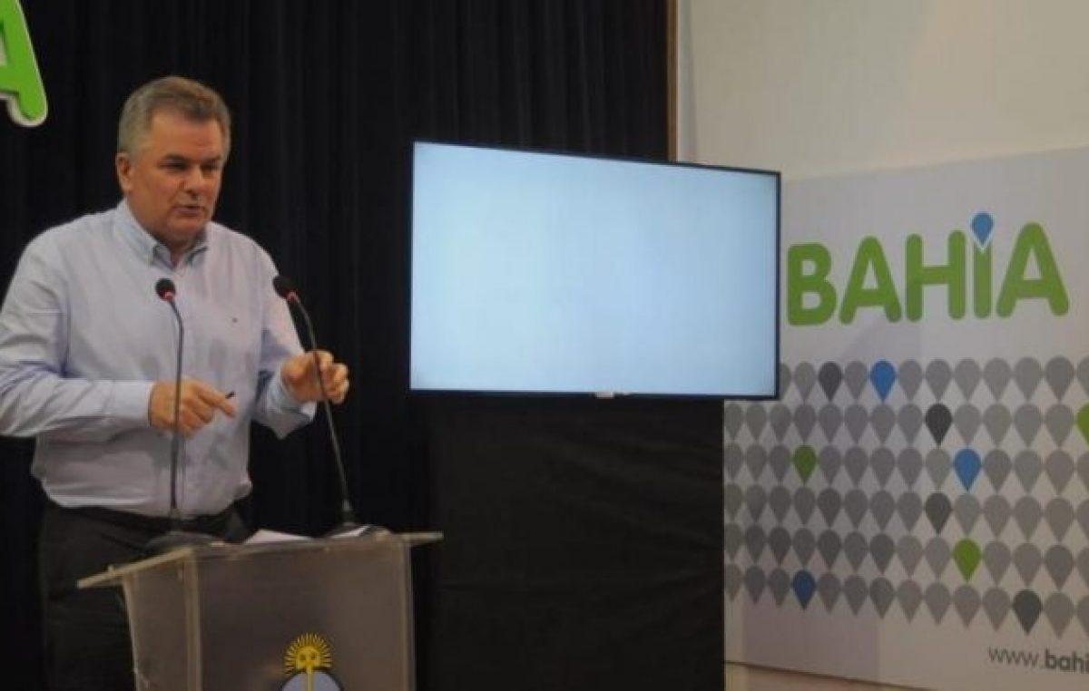 """El intendente de Bahía prorrogó la suspensión del ingreso de empleados al Municipio para mantener la """"austeridad"""""""