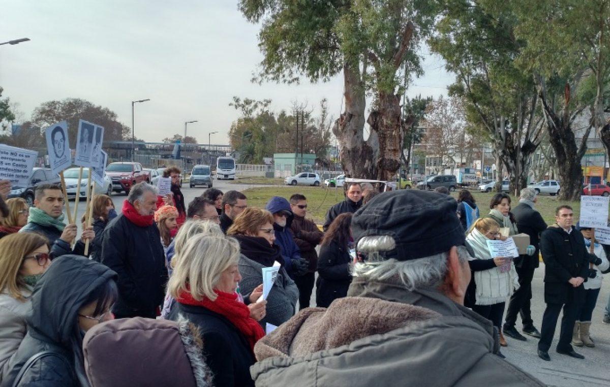 El Palomar: funcionarios de Macri que destruyeron un Sitio de la Memoria fueron repudiados por vecinos