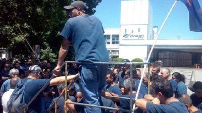 Por las importaciones, una fábrica de envases del conurbano despidió a 68 trabajadores