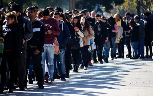 Precarización laboral: 8 de cada diez trabajadores no están registrados ni bajo convenio colectivo