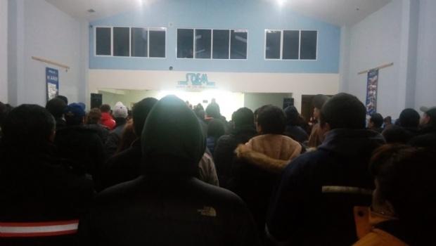 Tras asamblea, trabajadores municipales de Río Gallegos suspenden medidas de fuerza