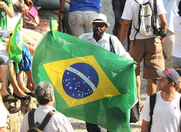 La economía de Brasil tuvo su mayor caída en 15 años: 3,34%