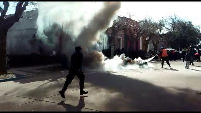 Feroz represión a cartoneros que reclamaban condiciones de trabajo y seguridad en San Pedro
