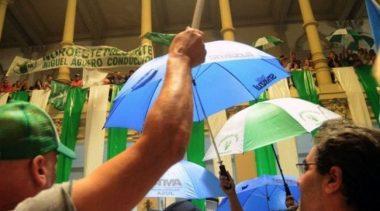 Conflicto entre Ejecutivo y municipales de Bahía: anunciaron una asamblea y retención de tareas