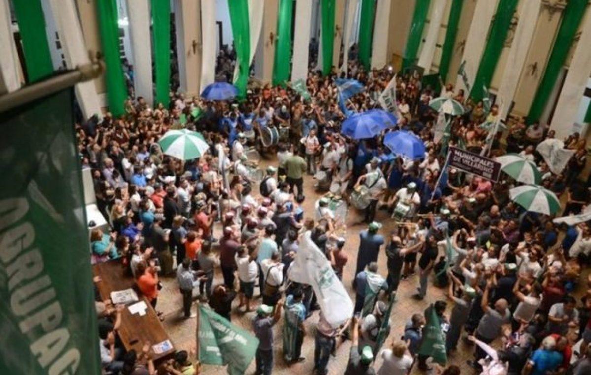 Bahía Blanca: Los municipales pararán por 48 horas en reclamo por recortes