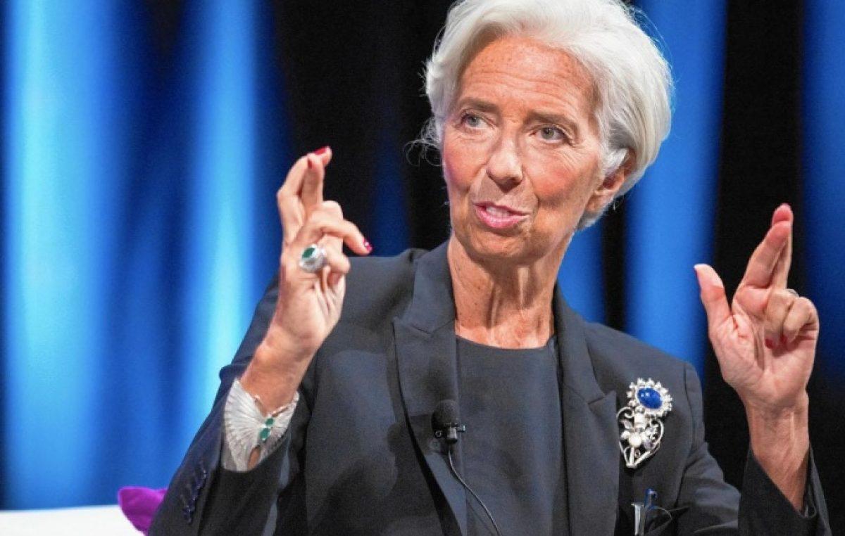 """Más ajuste y Reforma laboral: las nuevas """"recomendaciones"""" del FMI para la Argentina"""