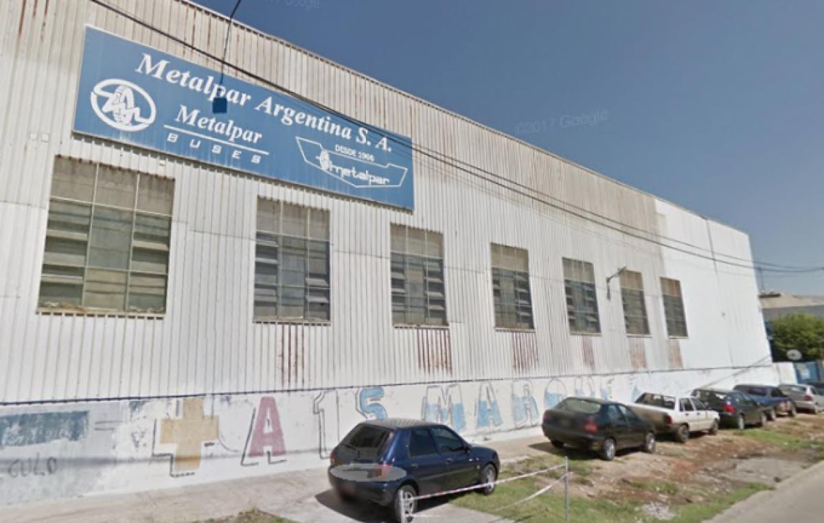 Tres de Febrero: Una fábrica de colectivos reducirá 75% del personal y se esperan más de 200 despidos