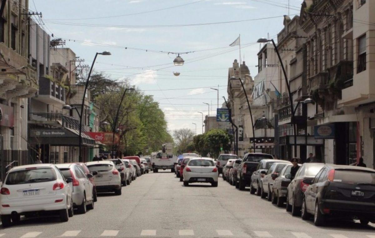 En Balcarce, la Cámara de Comercio organizó un apagón en contra de los aumentos de luz y gas