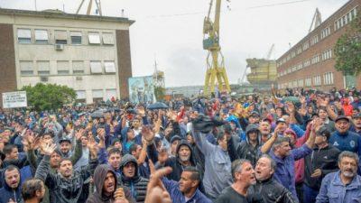 Berisso: masiva marcha en apoyo al Astillero Río Santiago luego de la represión