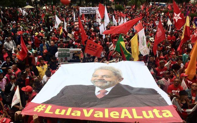 """""""No me van a callar"""", dijo el candidato Lula"""