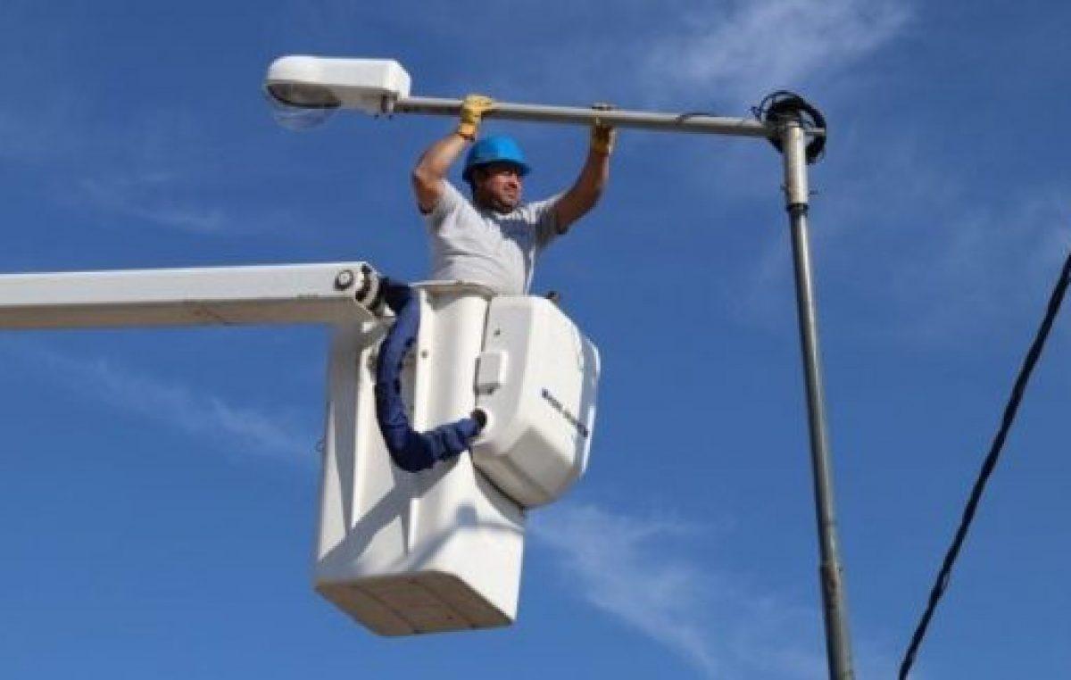 El intendente de Santa Fe propone cambiar a led todas las luces de la ciudad
