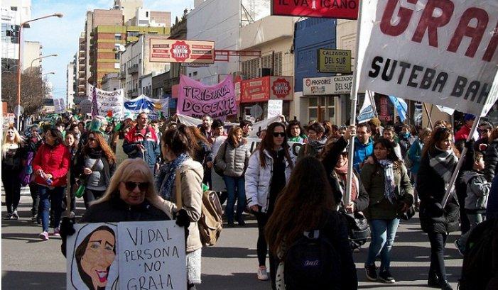 Bahía Blanca: la llegada de Vidal desató la bronca contenida