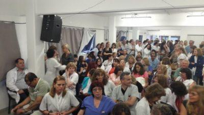 Médicos y trabajadores municipales de Morón esperan acordar aumento salarial