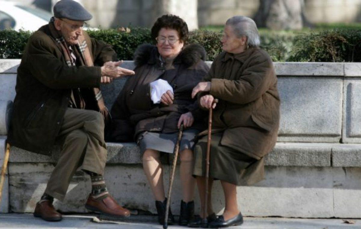Los jubilados no paran de perder