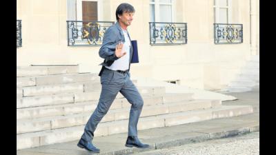 Se fue un ministro de Macron dando un portazo