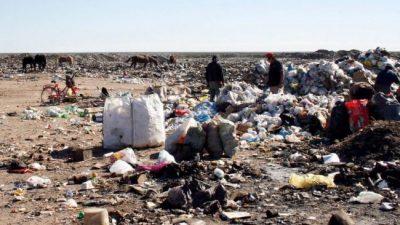 Neuquén: En 10 años no pudieron sacar los basureros