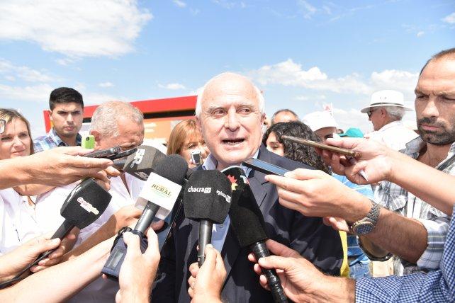 """Santa Fe: Lifschitz dijo que los recortes tendrán un """"impacto duro"""" en el bolsillo de los trabajadores"""