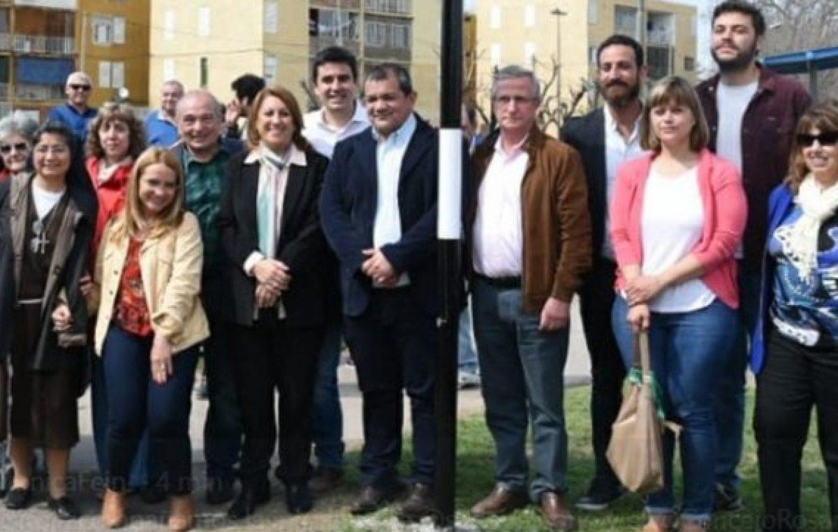 """La intendenta de Rosario apoya la declaración de la emergencia social, así se hacen """"más eficientes los recursos"""""""