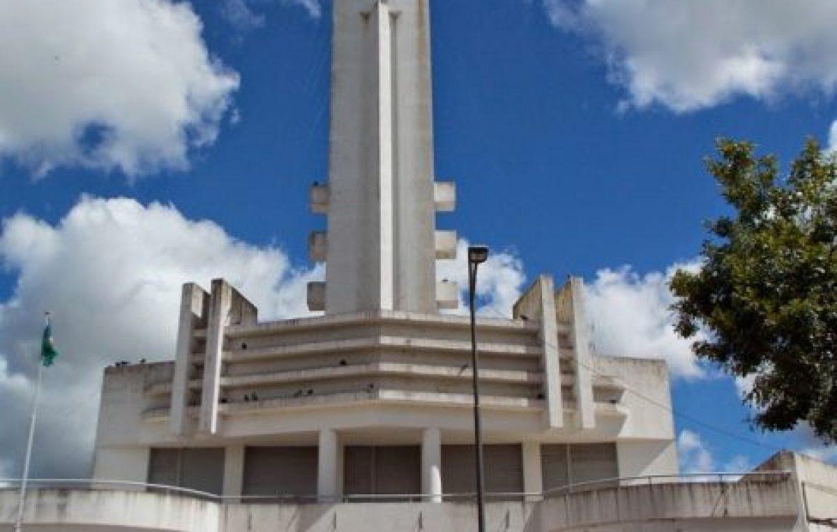 El intendente de Leandro N. Alem dará bono adicional a los municipales