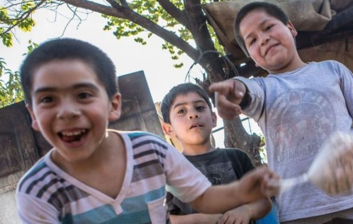 Salta: Un merendero que ya no tiene espacio por el incremento de gente