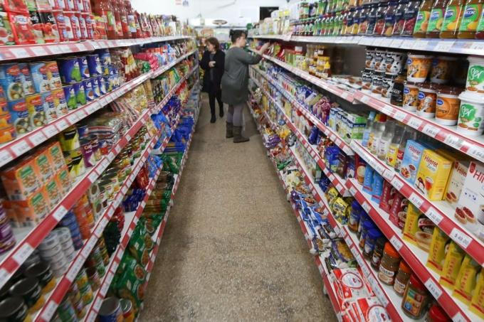 Inflación incontrolable: advierten que el índice podría ser el mayor desde 1991 con un 47%