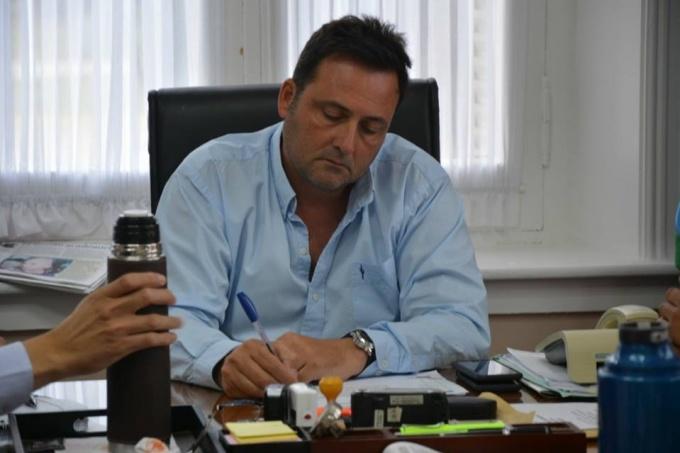 """Un intendente de Cambiemos admitió que prefiere que le """"saquen el fondo sojero"""" y tener un dólar a 20"""
