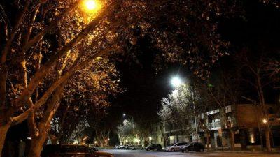 Para aliviar a los comercios, el intendente de Ayacucho suspendió la tasa del alumbrado público