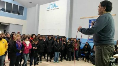 Municipales de Río Gallegos vuelven al paro total de actividades
