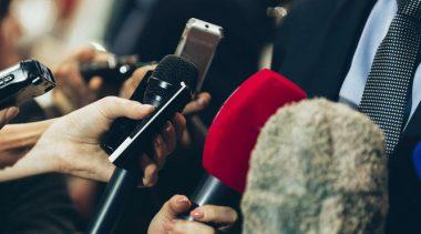 La muralla mediática
