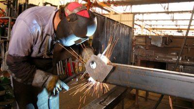Santa Fe: Por la crisis, en mayo había 244 industrias menos que hace un año