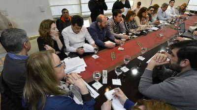 Reunión en Gobierno: intendentes santacruceños expresaron su preocupación