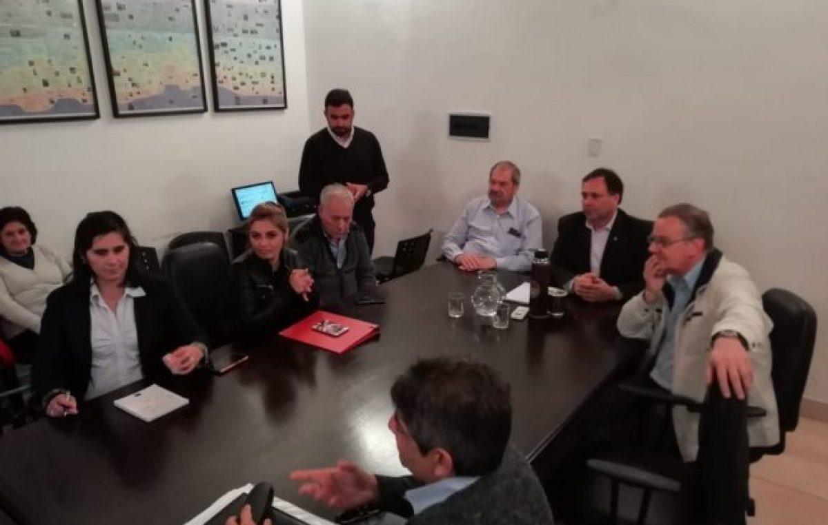 Los gremios municipales de Paraná rechazaron la oferta salarial