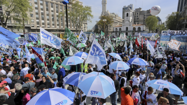 Masiva movilización a Plaza de Mayo