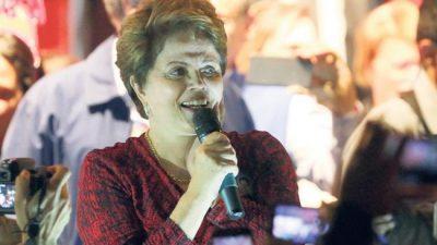 Dilma en campaña y favorita para el Senado