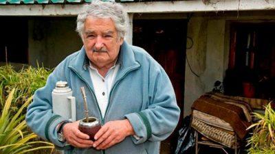 """""""Todo lo que molesta es populista"""", afirmó el expresidente José Mujica"""