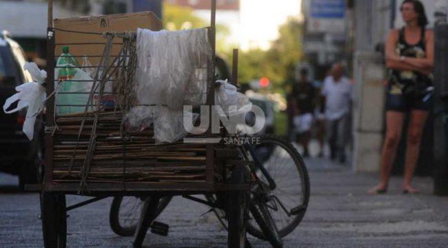 Sin trabajo estable ni changas, la realidad en muchos barrios santafesinos